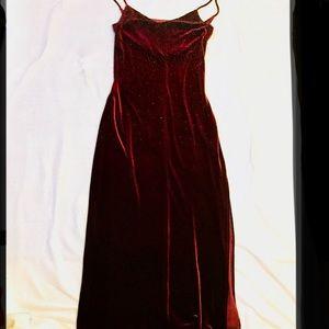 City Triangles Velvet Burgundy Gown Dress L